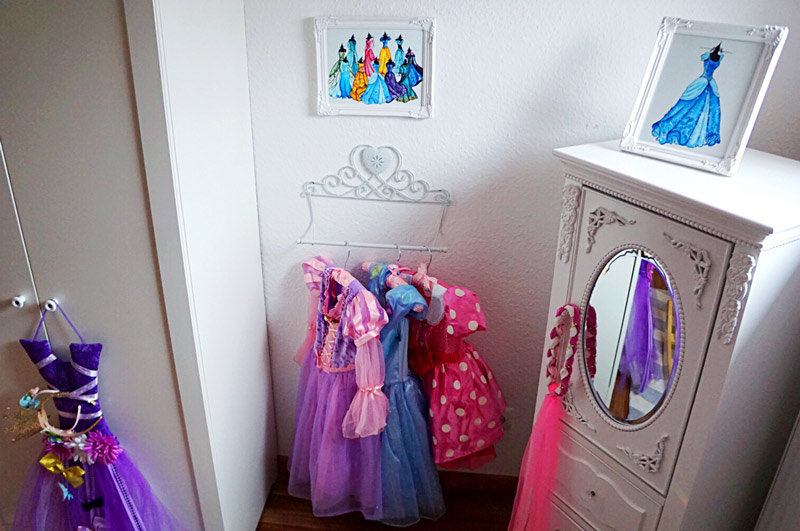 Dress Up Corner Fit For A Little Princess